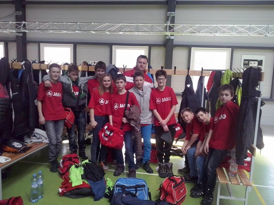 14.2.2015, St. žiaci po turnaji v Korni