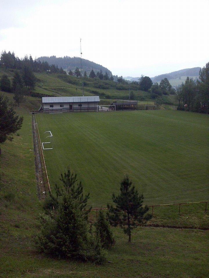 Obecný štadión Snežnica