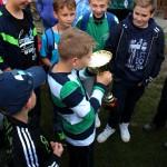 hráči Ajaxu oslavujú víťazstvo